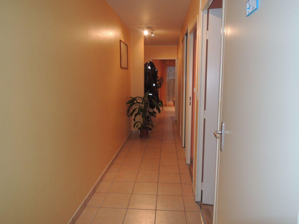 location appartement rennes t3. Black Bedroom Furniture Sets. Home Design Ideas